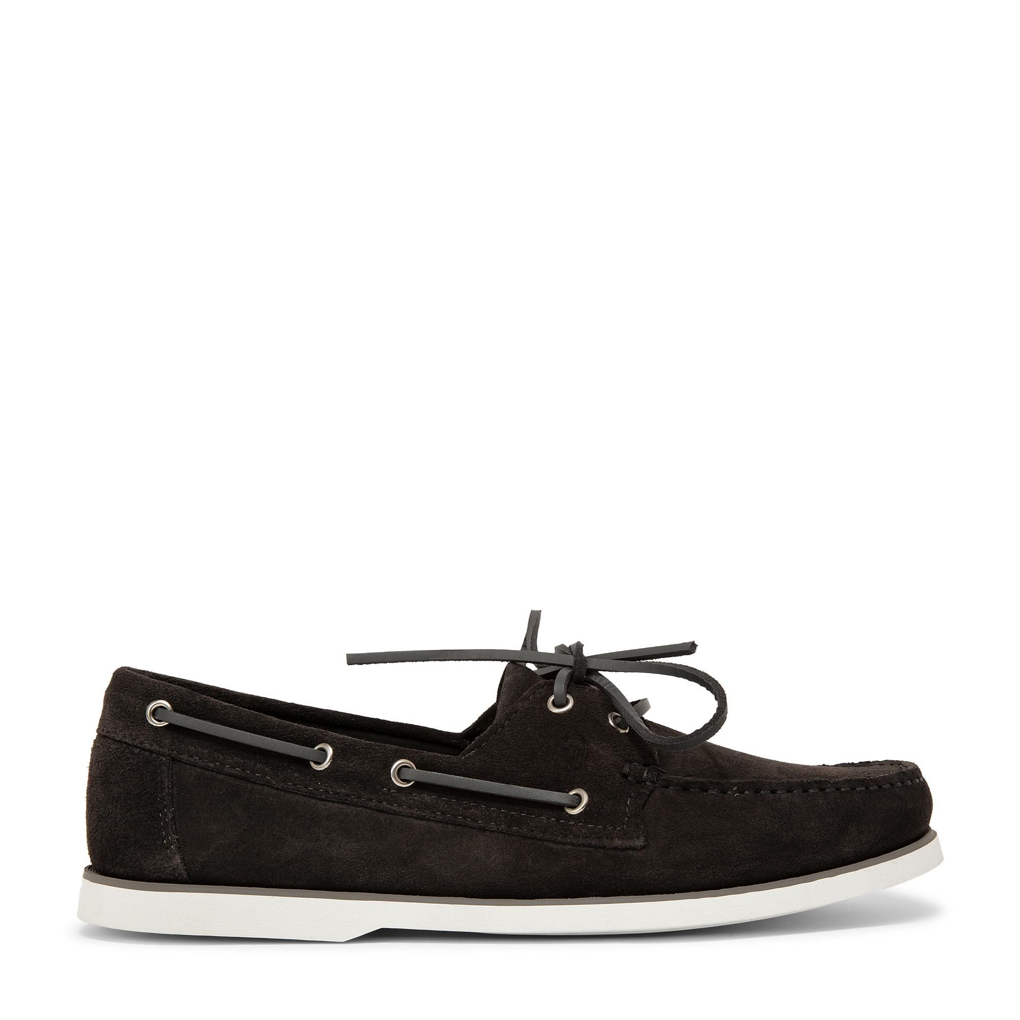 Dynamic suede boat shoes