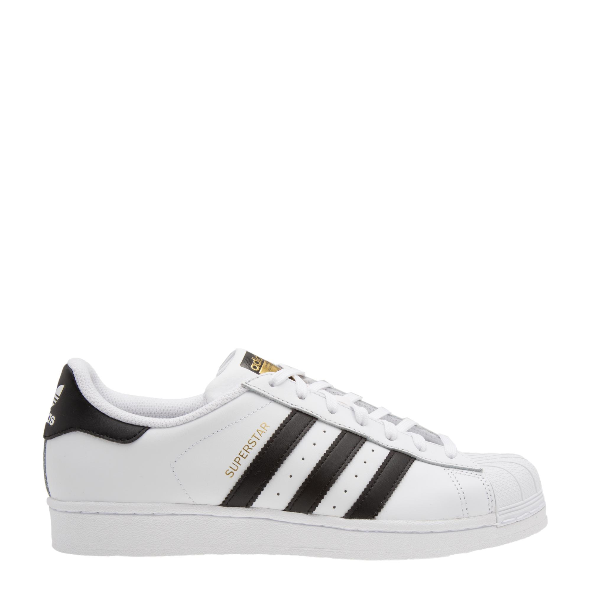 Classic Superstar sneakers