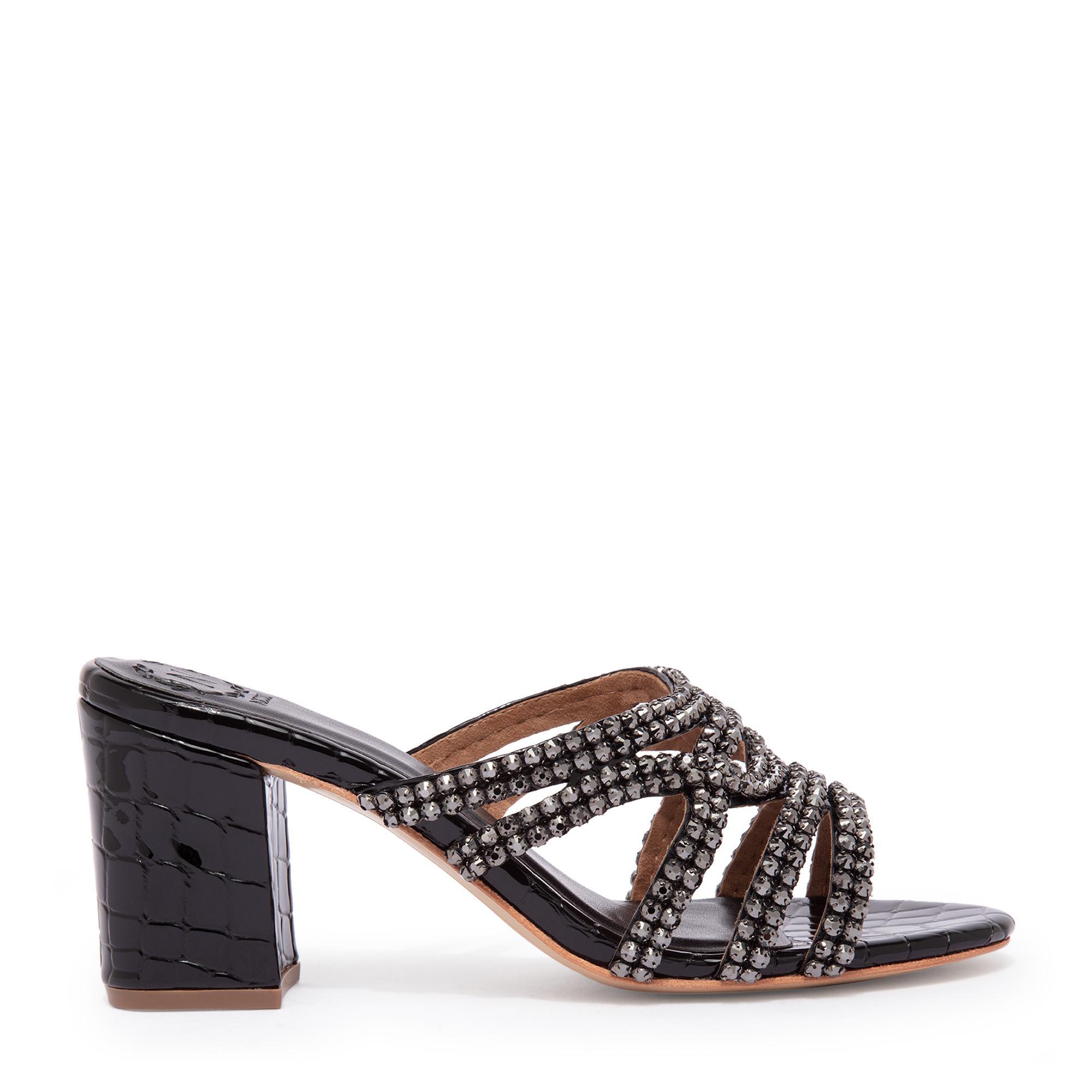 Delroy sandals