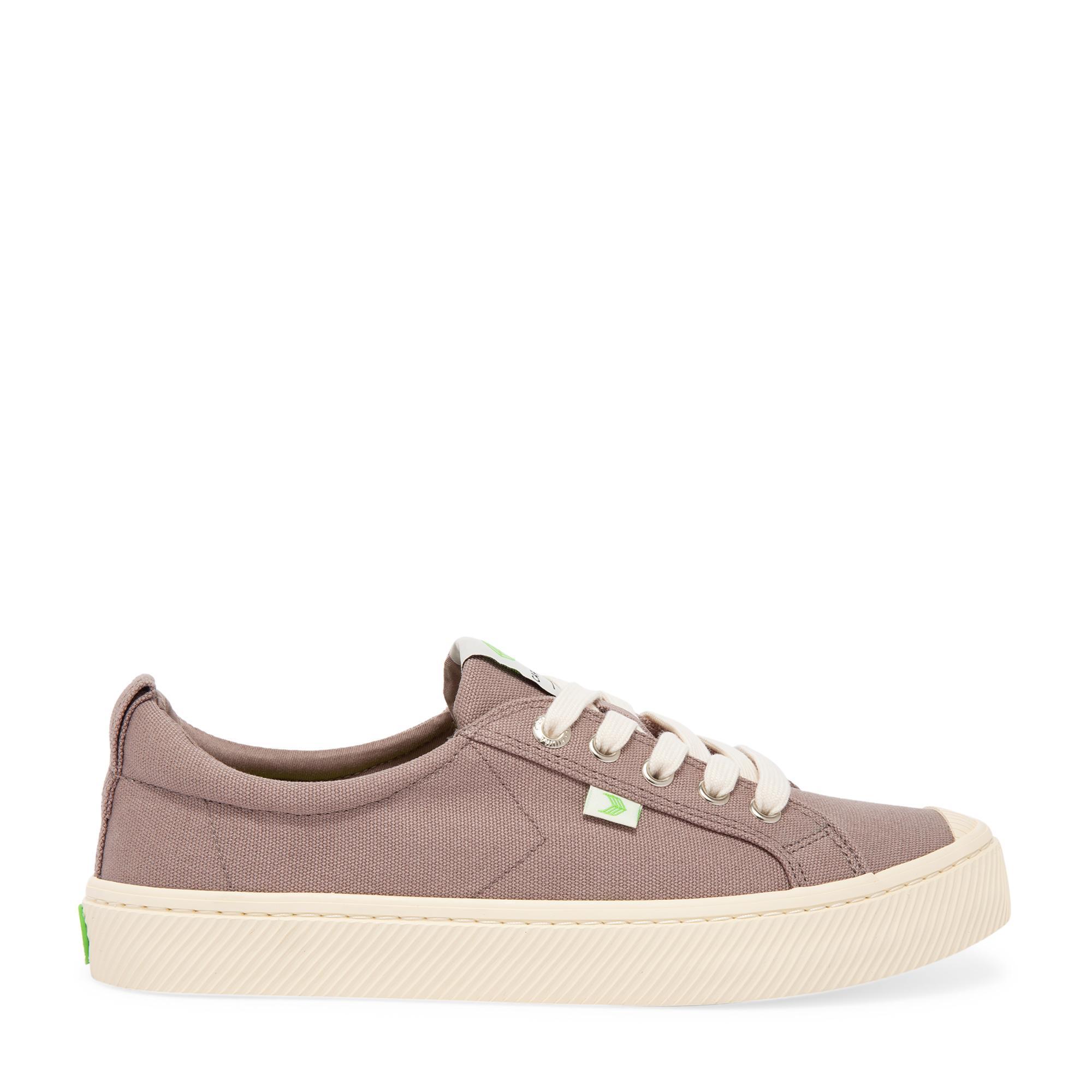 Oca sneakers